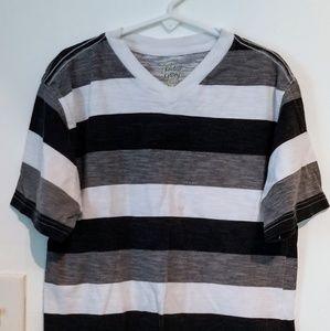 Other - EUC ~ Boys SS Shirt Size 8 ~ Black/Grey/White